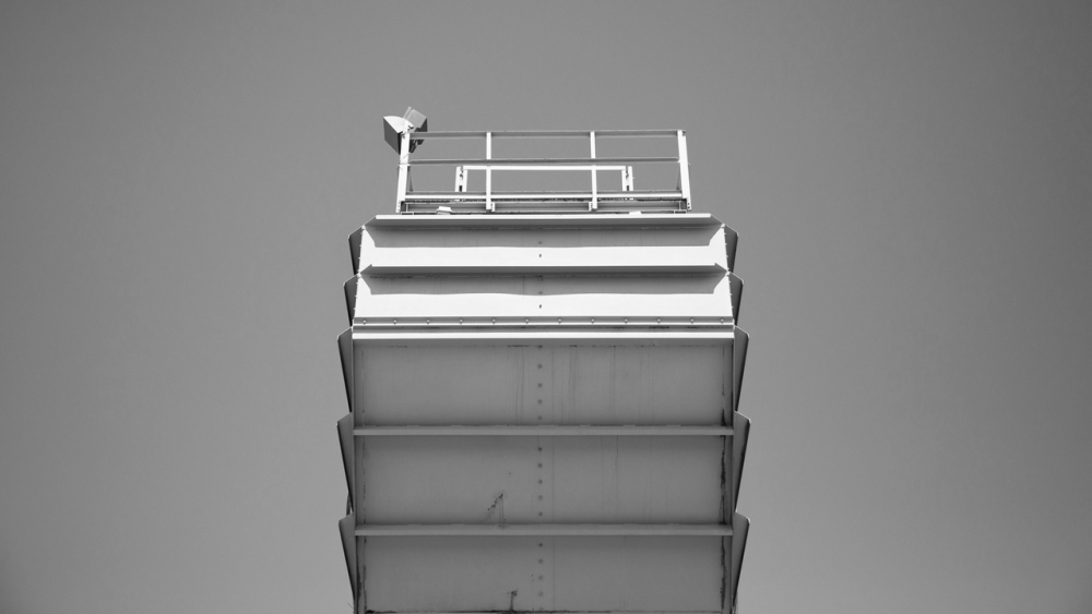 platform_grau_1280x720
